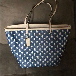 Blue and white floral print coach tote